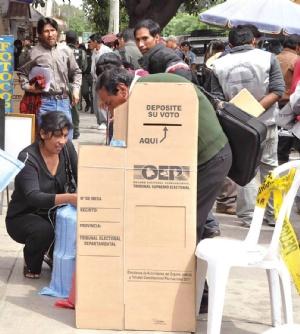 """Oposición anuncia """"control de calidad"""" a exámenes judiciales"""