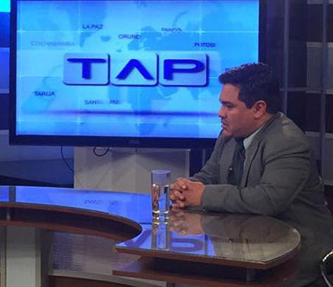 Iván Perales en el set del programa Todo A Pulmón