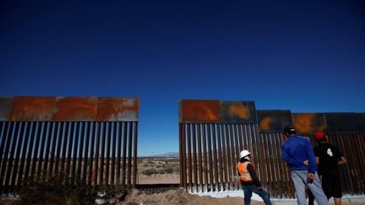 La Cámara de Representantes de EE.UU. aprueba el presupuesto que incluye el muro con México