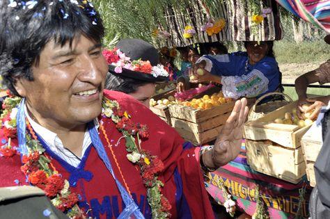 El presidente Evo Morales en una feria frutícola. Fue en 2013.