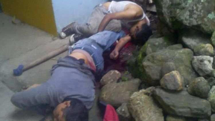 Así fueron encontrados Eduardo Olave y Angelo Yordano Méndez (@ReporteYa)