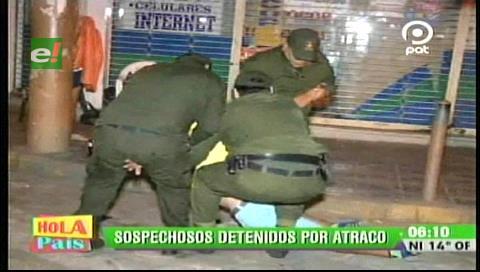 Detienen a tres sujetos por atracar a transeúntes cerca del Palacio de Justicia