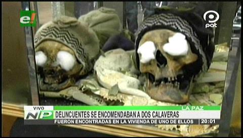 La Paz: Delincuentes se encomendaban a dos calaveras antes de atracar