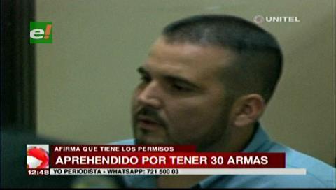 Hombre detenido con armas asegura ser coleccionista y dice tener permisos