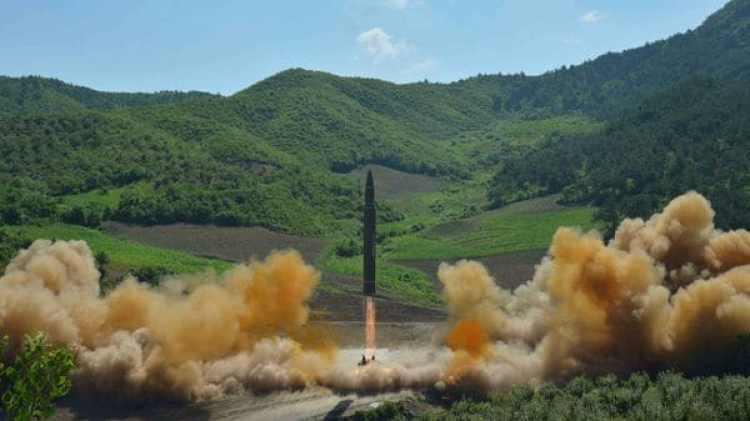El misil balístico intercontinental Hwasong-14 lanzado el martes pasado por el régimen de Pyongyang (Reuters)