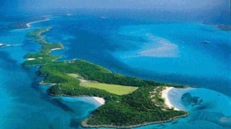 Al sudeste de Nassau, Johnny Depp posee cuatro islas deshabitadas.
