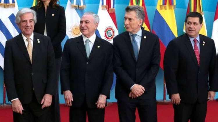 Los jefes de Estado de Uruguay, Brasil, Argentina y Paraguay