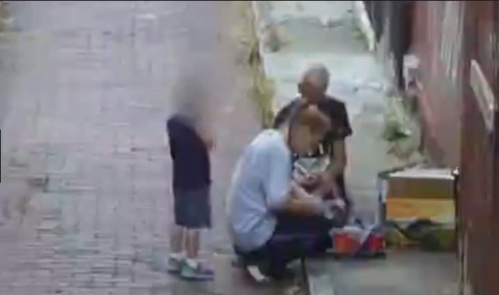 Mujer se inyecta heroína frente a su hijo, la detienen