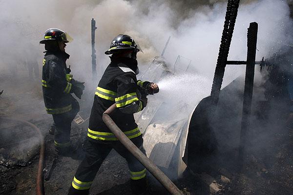 Resultado de imagen de incendio de una vivienda