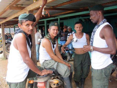 Un grupo de guerrilleros de las FARC. Foto: http://www.elmundo.es