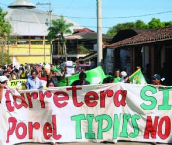 Vargas y Villena anuncian acción popular contra la ley del TIPNIS