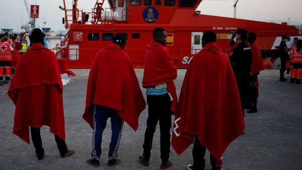 Salvamento Marítimo rescata a 339 inmigrantes en aguas del sur de España
