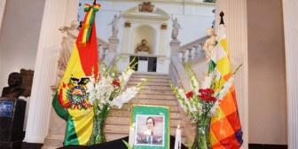 Senado reconoce a Pinto como constructor de la democracia