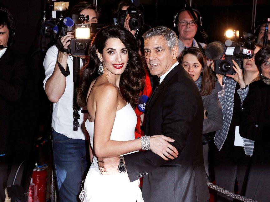 Donan los Clooney 1 mdd contra racismo