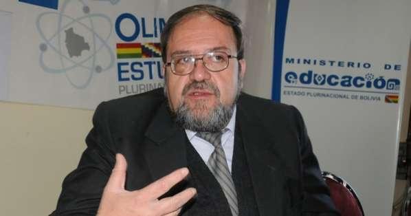 Resultado de imagen de El ministro de Educación, Roberto Aguilar,