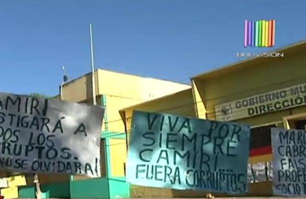 Pobladores de Camiri mantienen vigilia pacífica