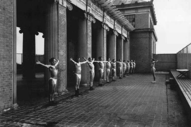 En el Sanatorium, la rutina de ejercicios era tan rígida como la dieta. (Foto: University of Michigan Bentley Historical Society)