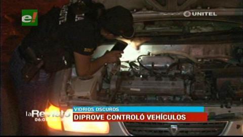 Diprove realizó controles a vehículos para evitar hechos delincuenciales