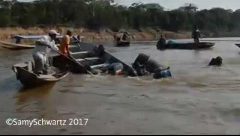 Militares de la Naval Boliviana e indígenas se enfrentaron en un río del TIPNIS (Video)