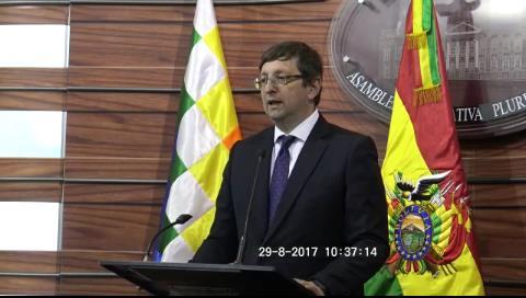 """Ortiz impugna """"escandaloso"""" rechazo a acción de cumplimiento para que YPFB de a conocer reservas hidrocarburíferas"""