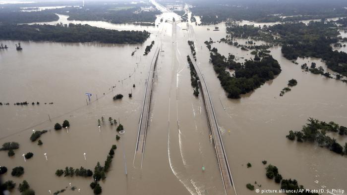 USA | Interstate 69 Houston Texas nach Harvey (picture.alliance/AP Photo/D. J. Philip)