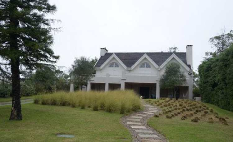 La casa donde residía el capo junto a su esposa.