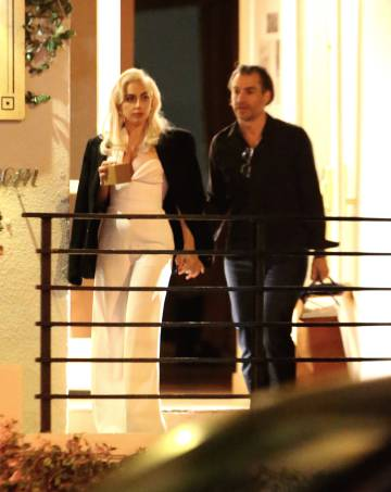 Lady Gaga y Christian Carino en West Hollywood (Los Ángeles).