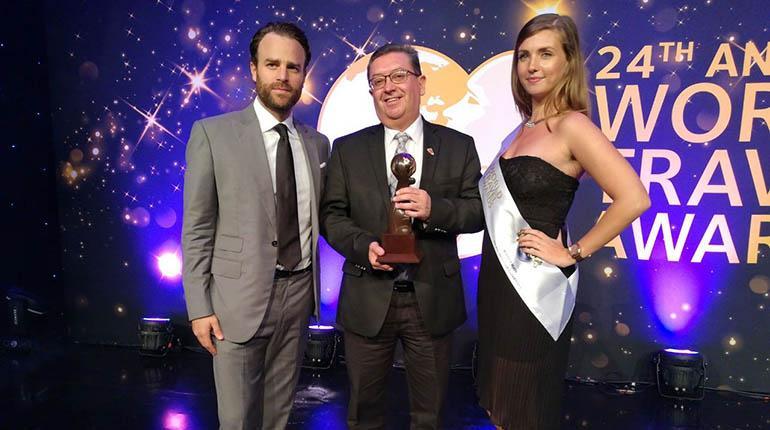 Quito ganó dos