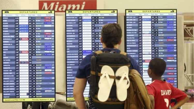 Los vuelos en el aeropuerto se reanudarían el lunes. (AP)