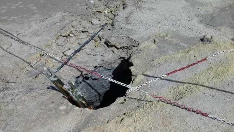 El cráter en el que cayó la familia