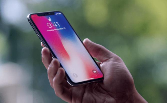 Parodia del iPhone X sobre sus nuevas características — Apple