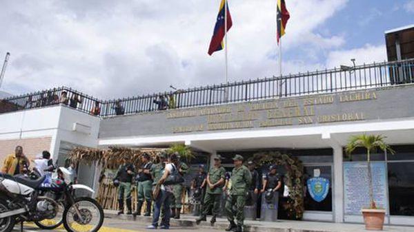 ONG denuncia que ocho presos han muerto por desnutrición en Venezuela
