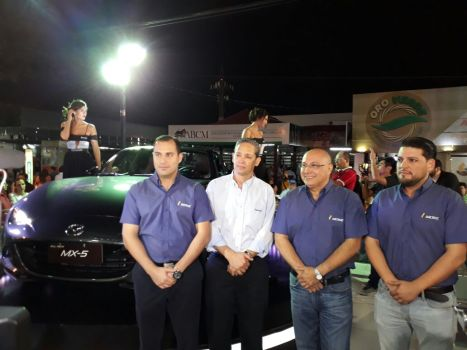 """Mazda"" ""Nicole Campos, Jose Luis Asbun, Brand Manager Mazda y Mariela Reyes"""