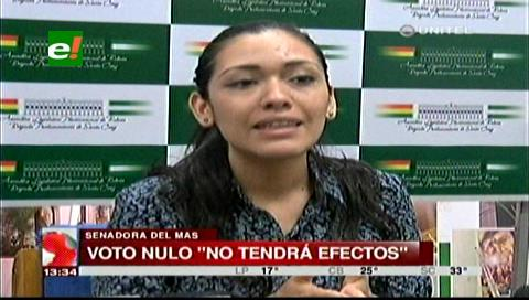 """Senadora Salvatierra afirma que campaña por el """"voto nulo"""" no tendrá efecto legal"""