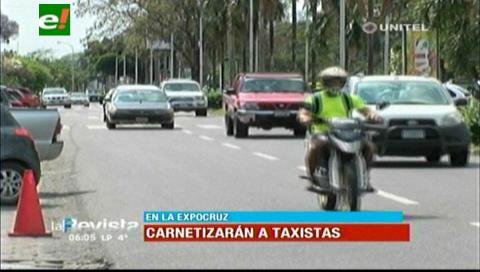 Taxis deben registrarse para trabajar en Expocruz