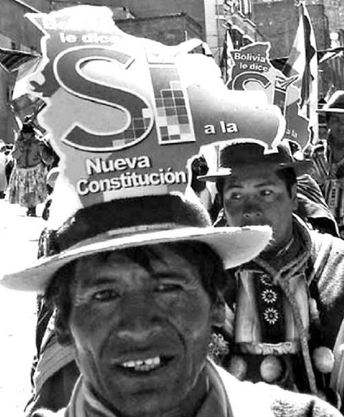 Miles protestan por reelección de Evo Morales — Bolivia