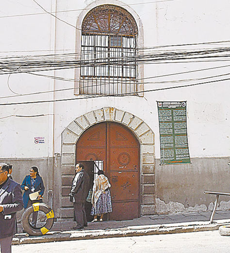 La puerta de la cárcel de San Pedro.