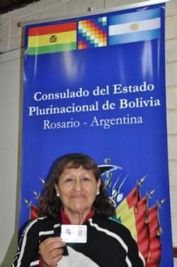 Después de 60 años de espera, una boliviana en Argentina obtiene su CI