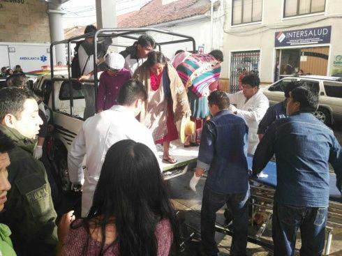 Sucre: suspenden clases tras delplome de tinglado que dejó 2 muertos