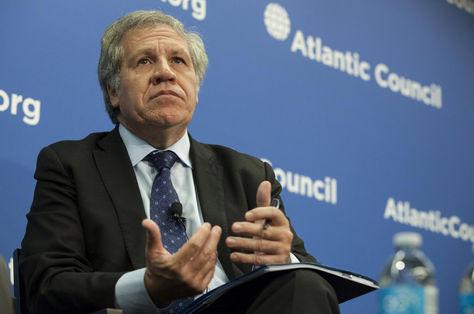 El secretario general de la OEA, Luis Almagro, habla sobre la crisis de Venezuela en un acto del Centro Latinoamericano del Atlantic Council, en Washington. Foto: EFE