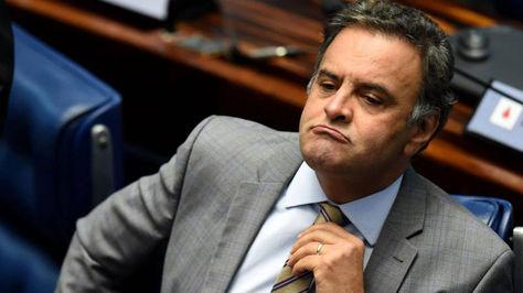 El senador Aécio Neves