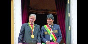 """Evo felicita a García Linera por su cumpleaños y dice que es """"insustituible"""""""