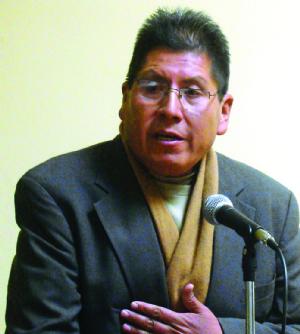 Exasesor de los interculturales redactará fallo sobre reelección