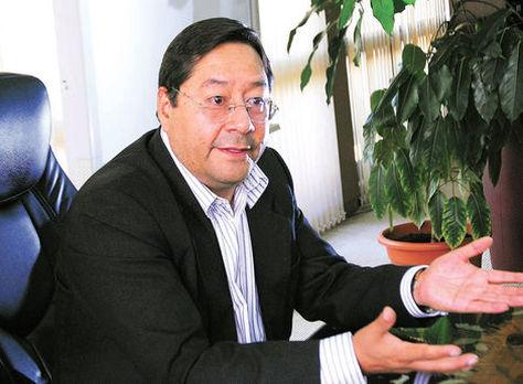 El exministro de Economía, Luis Arce Catacora, en una anterior entrevista con La Razón. Foto: Miguel Carrasco - archivo