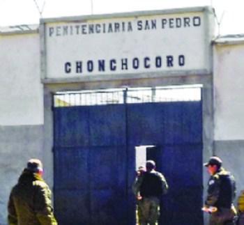 """Al penal de máxima seguridad, Pari llegó """"paradito"""" y """"asustado"""""""