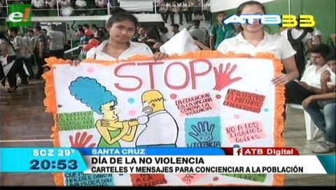 Estudiantes marcharon contra la violencia