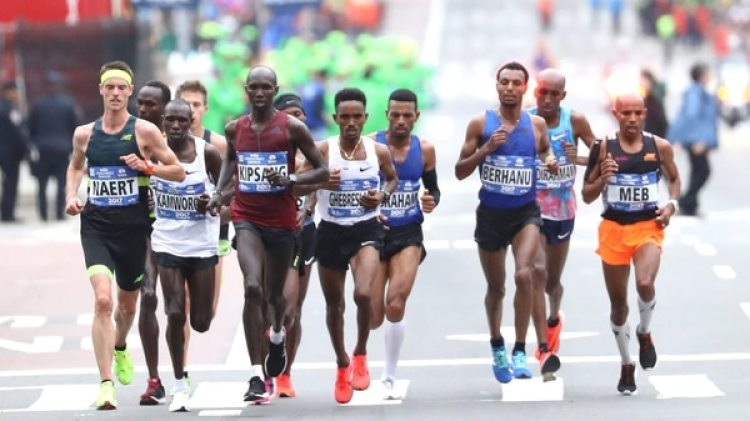 Geoffrey Kamworor ganó la maratón (Getty Images)