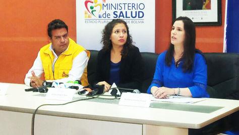 El alcalde Luis Revilla, la ministra de Salud, Ariana Campero, y la directora general ejecutiva de la ABEN, Hortensia Jiménez.