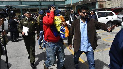 Detenidos bolivianos y asiáticos cuando explotaban oro de manera ilegal en el norte de La Paz. Foto:APG