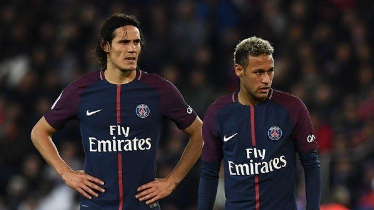 Neymar y Cavani no se llevan bien en el vestuario (AFP)